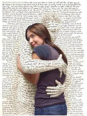 libro-abrazando-muchacha1.jpg