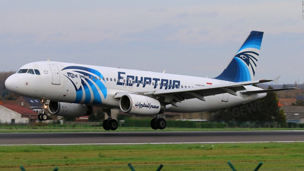 160519160848-egyptair-ms804-plane-full-169