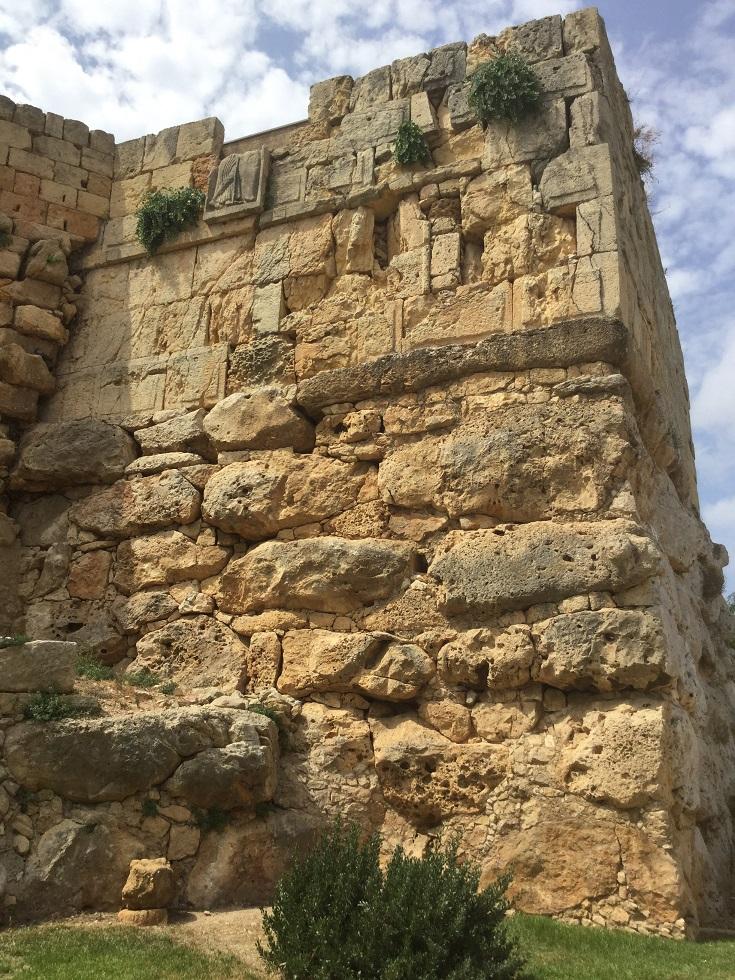 Restes de la torre de Minerva