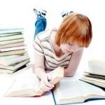 teeneger reading
