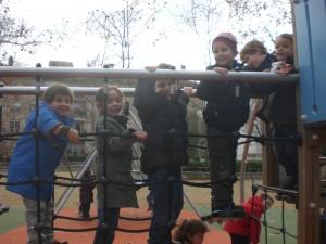 nens al pont...