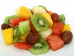 c-mo-congelar-la-fruta-frutas-comida-y-bebida-practicopedia-com-SQwKgv-clipart-300x227