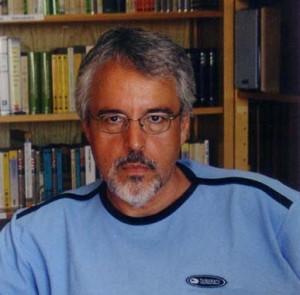 Alfredo Gómez Cerdá. http://www.almezzer.com/