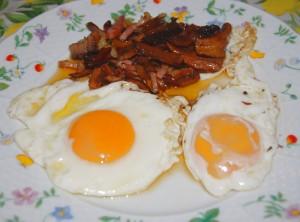 huevos-fritos-con-bacon