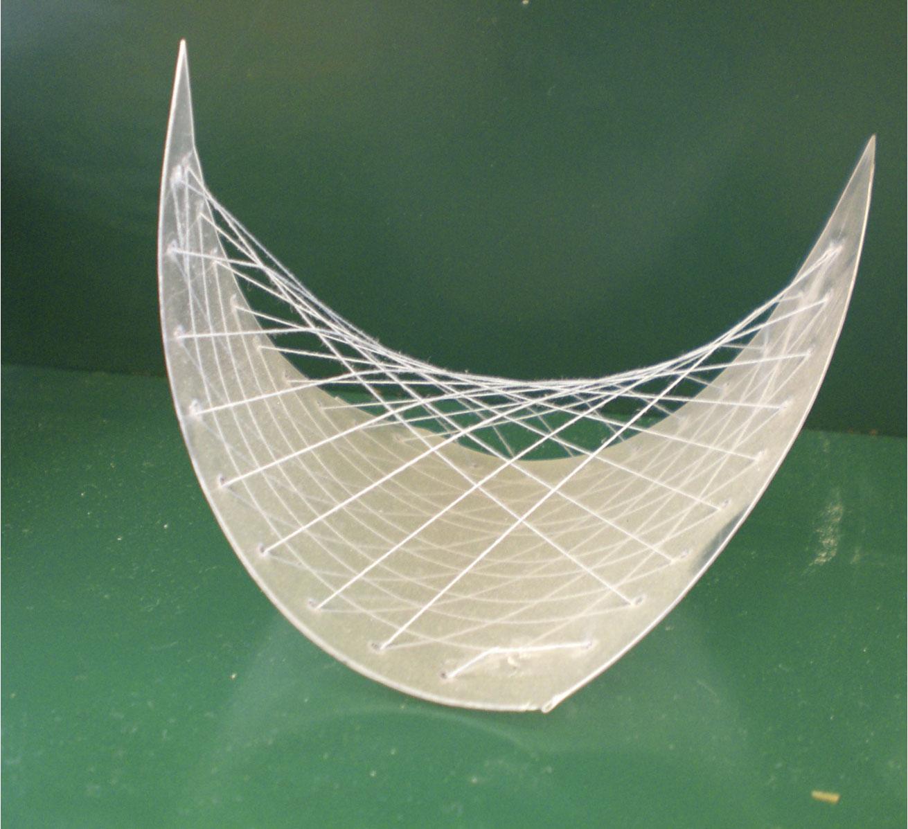 paraboloide-hiperbolic.jpg
