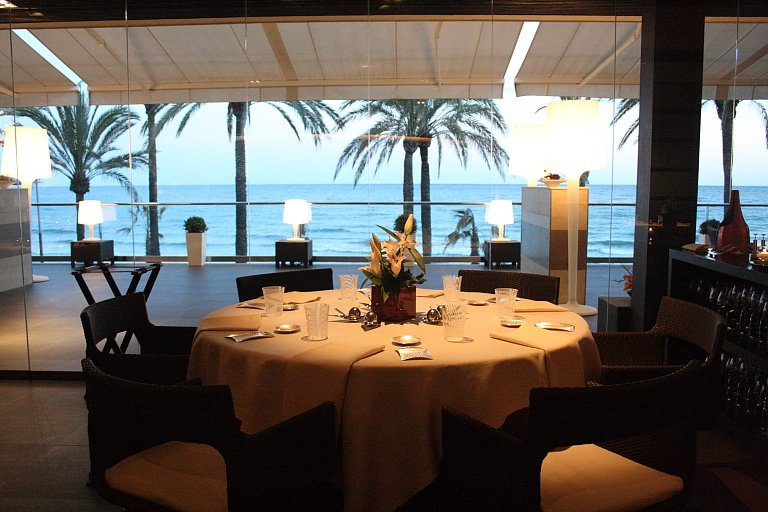 restaurante-con-vistas-al-mar