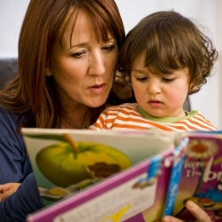parents-250×250-parent-and-child-with-book.jpg