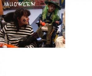 L'Ana i el José defensant el Halloween.