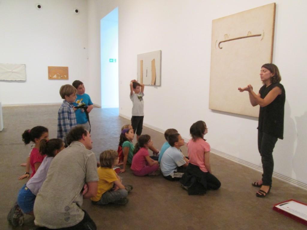 Visitem la Fundació Antoni Tàpies.