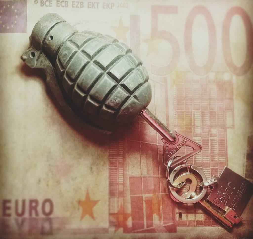 Són els diners la clau de la violènica?