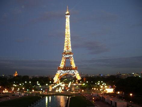 Paris - Mystères et rites religieux - Paris_torre_eiffel
