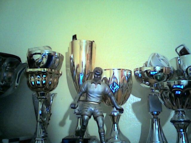 Per ser feliç, hem de guanyar els nostres trofeus personals?