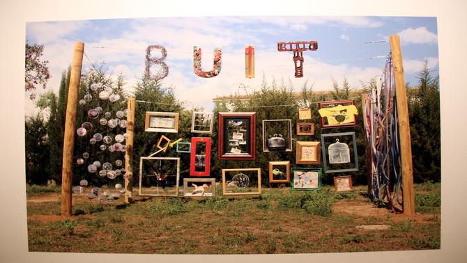 Fotografia que representa el buit per una de les escoles del projecte 'ART + ESCOLA + BUIT'. Imatge del 5 de maig de 2016 (Horitzontal).