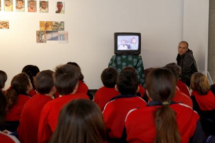 Visita dels alumnes de 4t, 5è i 6è a la Exposició multimèdia  sobre la 1ª fase del projecte a Gavà.