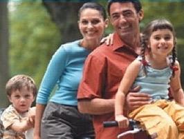 Jo sóc en Joan. Visc amb la mare, el pare i la Laia, la meva germana.