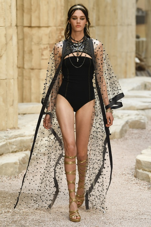 coleccion-chanel-cruise-2018-45