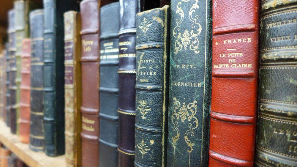 RESIDÈNCIA The Old Books
