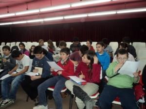 Nois i noies de 6è al taller de poesia. 19/01/2011.