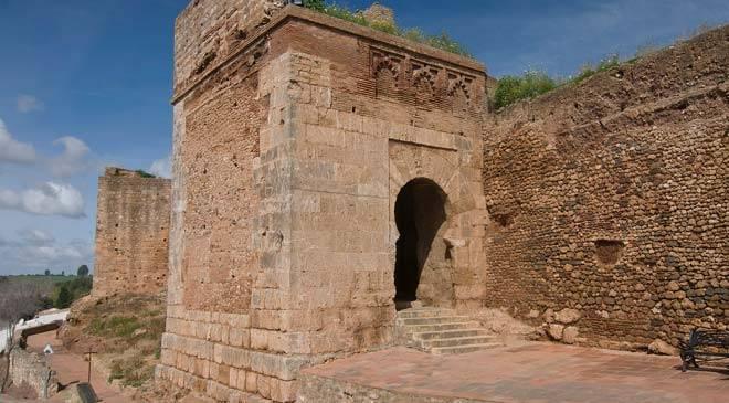 puerta_buey_muralla_niebla_huelva_o.jpg_1306973099