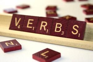 Clica la imatge i descobriràs un munt d'activitats relacionades amb els verbs